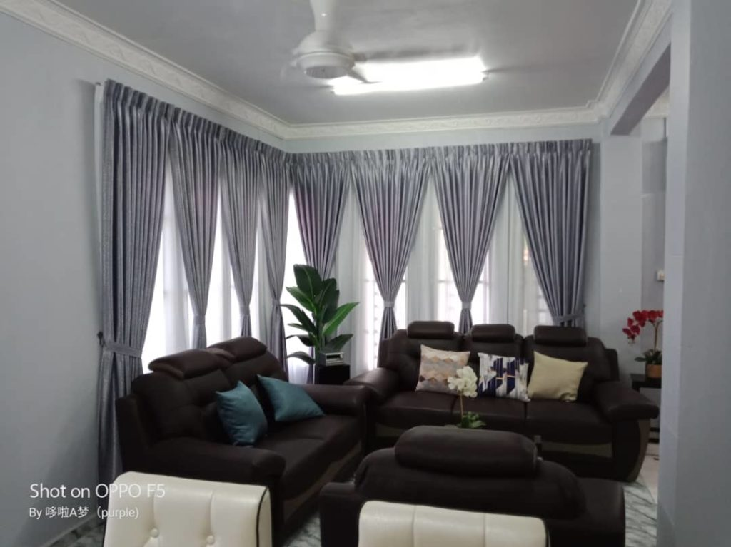 Modern-pattern-curtains-in-classical-light-grey-color-with-furnitures-at-living-room