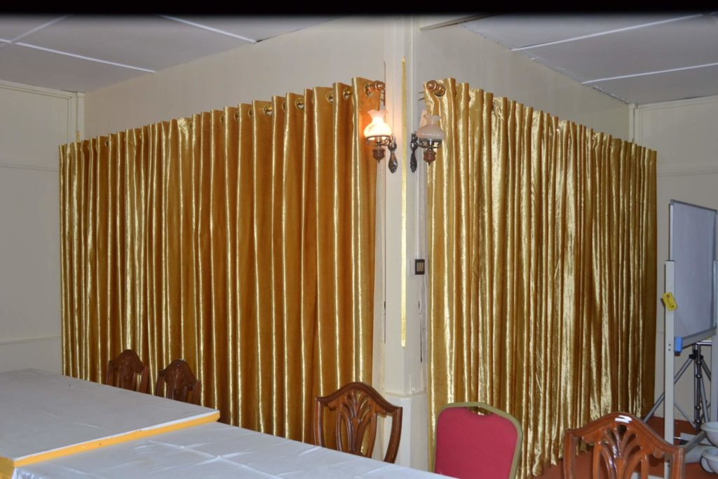 gold-curtains-by-klassehome