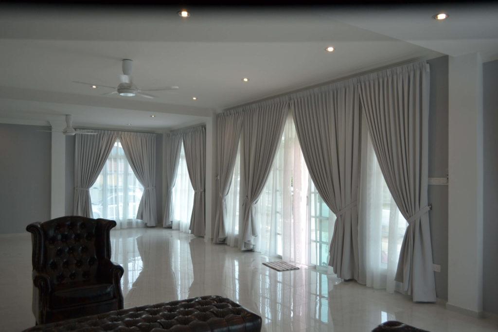 light-grey-curtains-by-klassehome